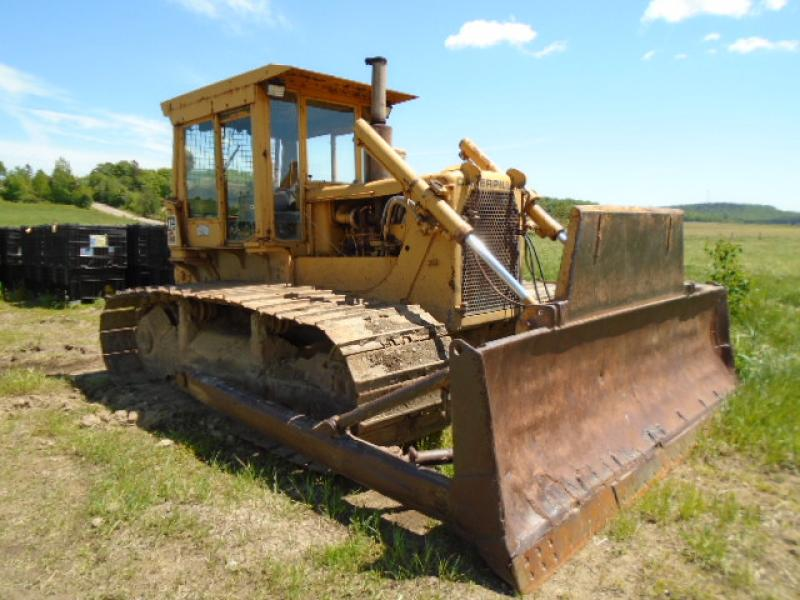 Tracteur à chaînes (16 tonnes et plus ) Caterpillar D6C 1976 En Vente chez EquipMtl