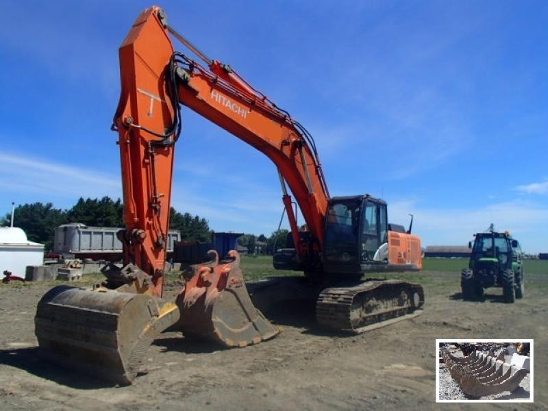 Excavatrice (20 à 39 tonnes) Hitachi ZX350LC-5N 2012 En Vente chez EquipMtl