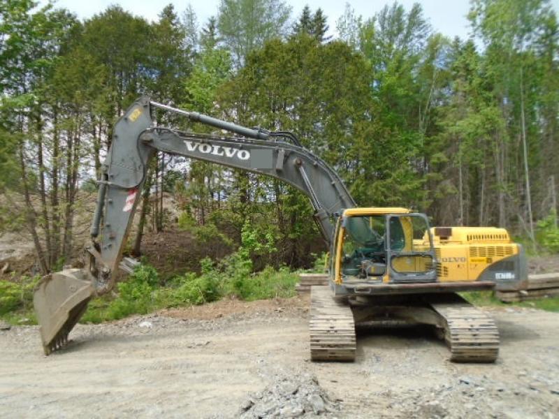 Excavatrice (20 à 39 tonnes) Volvo EC360BLC 2006 En Vente chez EquipMtl