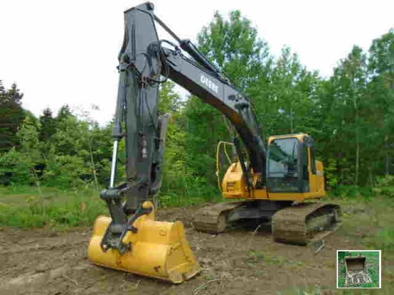 Excavatrice (20 à 39 tonnes) John Deere 225C LC 2006 En Vente chez EquipMtl