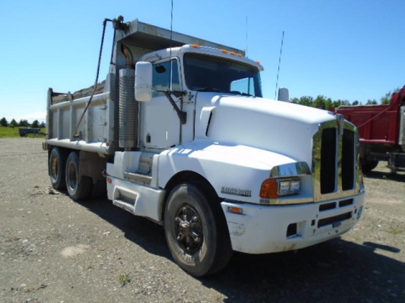 Camion dompeur 10 roues Kenworth T600 1993 En Vente chez EquipMtl