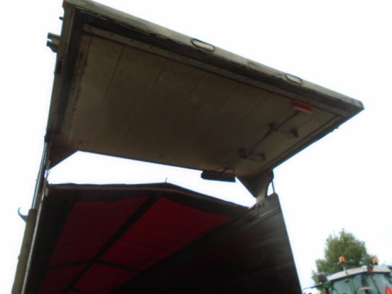 4 essieux Trout River SF47S 2011 Équipement en vente chez EquipMtl