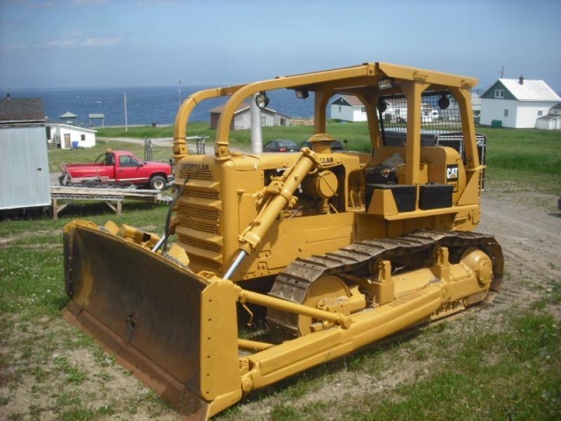 vendu Caterpillar D7F 1972 En Vente chez EquipMtl