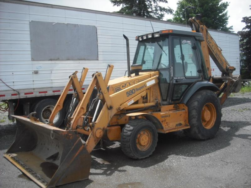 vendu Case 580SL 1999 En Vente chez EquipMtl