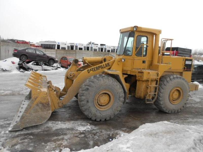 vendu Caterpillar 966D 1983 En Vente chez EquipMtl