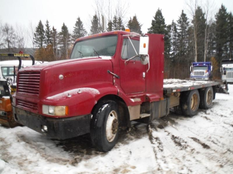 International 8300 1988 En Vente chez EquipMtl